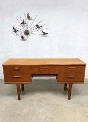 vintage design sideboard sidetable Viktor Wilkins jaren 60 sixties teak
