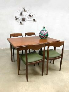 Extendable vintage Danish design dining table eetkamertafel Deens Farstrup