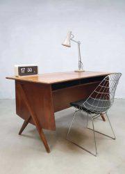 Midcentury modern Danish desk Z-legs vintage Deens design bureau