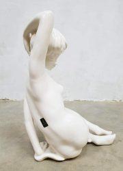 vintage femme woman girl ceramic statue Cortendorf