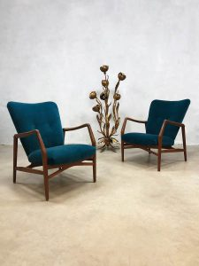 Danish vintage design arm chairs lounge chair blue velvet Finn Juhl style