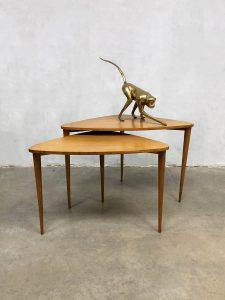 deens vintage design coffee table bijzettafel driepoot tripod nesting tables Danish style