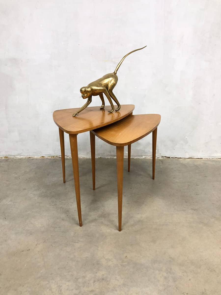 Danish tripod vintage design mimiset nesting tables for Bijzettafeltje design
