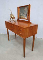 jaren 50 jaren 60 Fifties Sixties Vanity dressing table teak wood kaptafel Deens Danish