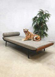 Cleopatra vintage daybed lounge bed ontwerp Dick Cordemeijer voor Auping 6