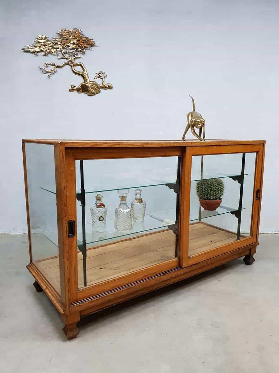 Vitrinekast Voor Op Toonbank.Vintage Toonbank Vitrine Shop Counter Cabinet Radin Co