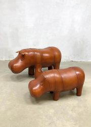 Ottoman voetenbank Dimitri Omersa nijlpaar hippo vintage