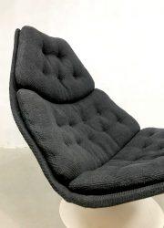 vintage lounge chair draaifauteuil Dutch design Artifort swivel chair