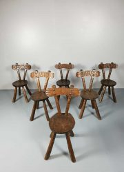 Vintage brutalist sculptured oak chairs stoelen Alexandre Noll style