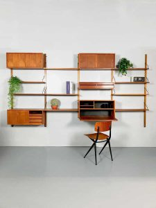 Vintage design wall unit Poul Cadovius wandsysteem Royal system