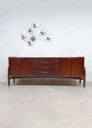 vintage design wandkast dressoir Scandinavisch kast loft retro
