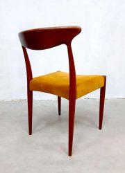 Velvet vintage Danish design A. Hovmand Olsen eetkamer stoel dining chairs Deens velvet
