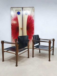 Midcentury design leather safari chairs Borge Mogensen style stoelen