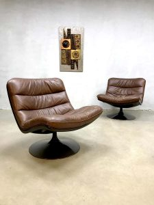 Vintage design swivel chair Artifort draaifauteuil Geoffrey Harcourt F976
