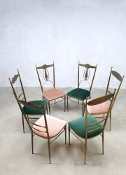 Eetkamerstoelen vintage Italian Hollywood Regency set design brass velvet