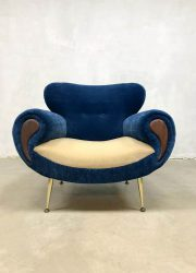 midcentury design lounge fauteuil blue velvet arm chair