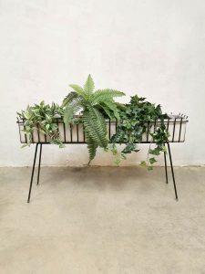 midcentury design plant stand plantenbak minimalism