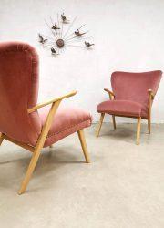 midcentury design fauteuils armchairs wingback pink