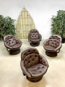 Unique leather Space Age vintage design lounge chairs