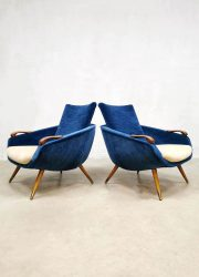 Velvet lounge fauteuils armchairs vintage Danish design