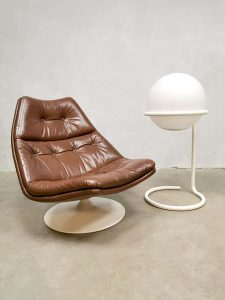 Vintage leather swivel chair draai fauteuil Artifort Geoffrey Harcourt F511