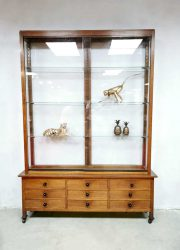 vintage vitrinekast antiek display cabinet antique