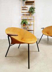 midcentury design lounge fauteuils balloon circle chairs Lea Denmark