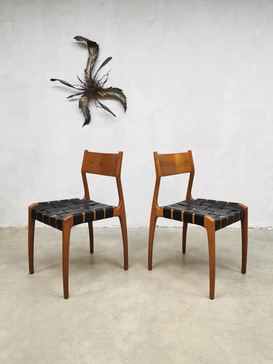 24 Design Stoelen.Vintage Danish Design Dining Chairs Eetkamer Stoelen Deens