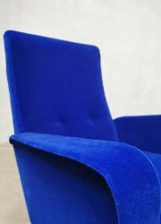 Vintage design Italian fauteuil armchair blue velvet luxury lounge chair