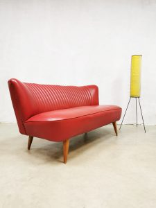 Vintage sixties cocktail bank lounge bank sofa 'Red lips'