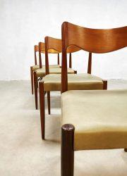 Moller chairs model no. 71 Mobelfabrik dining chair eetkamerstoelen