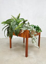 Vintage sixties plant stand Deense plantenstandaard