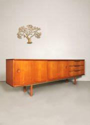 Vintage teak Danish design cabinet sideboard dressoir Deens