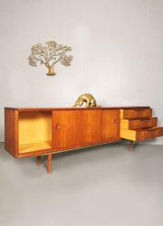 Sideboard dressoir lowboard Danish Deens design vintage