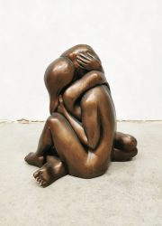 Midcentury sculpture beeld 'lovers embrace' Arnold Bergere Leonardo