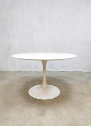 vintage design tulp eetkamer tafel tulip table Dutch design