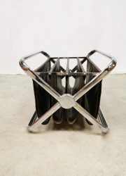 midcentury design magazine holder Castelli lectuurbak chrome skai leather