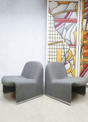 vintage Italian design lounge chairs Castelli Piretti Alky Artifort chairs