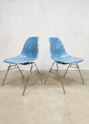 Herman Miller vintage shell chair Eames fiberglass