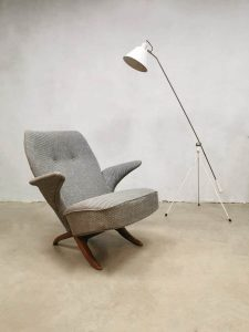 Midcentury Dutch design pinguin chair Theo Ruth Artifort