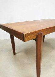 midcentury design eetkamertafel Danish dining table