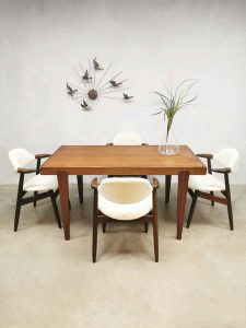 Vintage dining table dinner set eetkamertafel sixties design