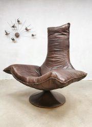 leather lounge chair Gerard van den Berg Wammes chair Dutch design