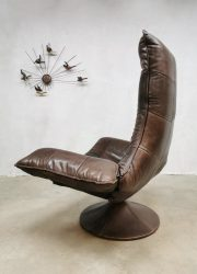 Vintage Gerard van den Berg fauteuil leather Wammes chair