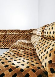 Modular modulair elementen brown bruin velvet vintage sofa bank lounge
