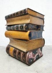 vintage design sidetable stacked books art deco style bijzettafels