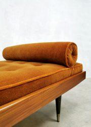 midcentury design sofa Italian design ligbed