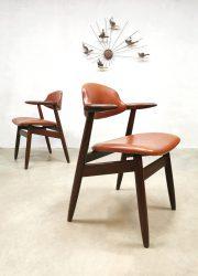 vintage cownchair koehoorn stoel Deense stijl Tijsseling Hulmefa