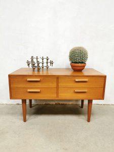 Midcentury Danish vintage design cabinet kast FM Mobler