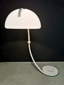 space age Italian design lamp Luce Martinelli